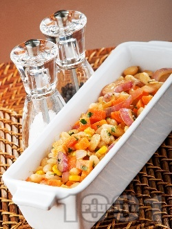Боб по венециански с моркови, целина, царевица и червен лук - снимка на рецептата